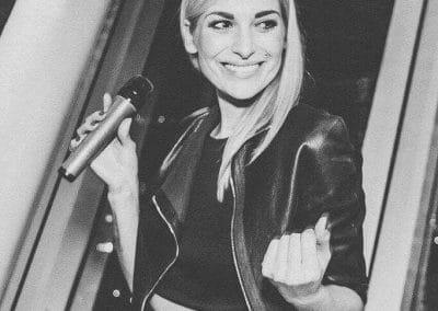 Sängerin Julia